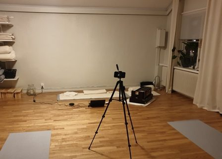 Yoga på lördag 28 november – live via Zoom