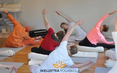 Klassisk yoga enligt Satyananda Yoga – tisdag 1/6 och onsdag 2/6 kl. 18.00 – 19.30 – föranmälan